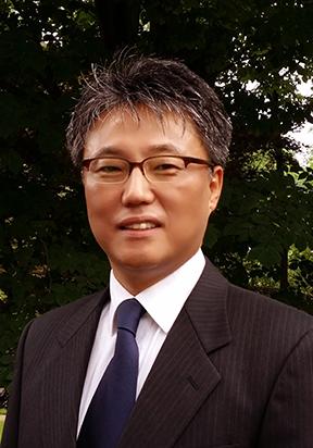 Dr. Eun-Woo Chang